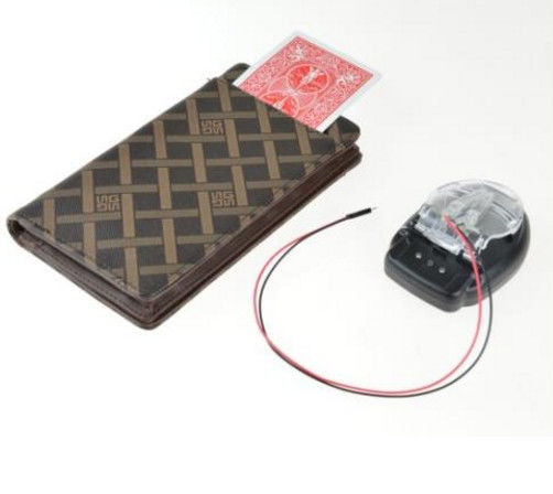 Gambling Cheating Devices / Electronic Wallet Card Exchanger For Magic Trick Accessories